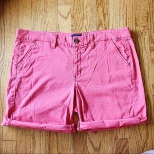 American Eagle coral salmon twill shorts